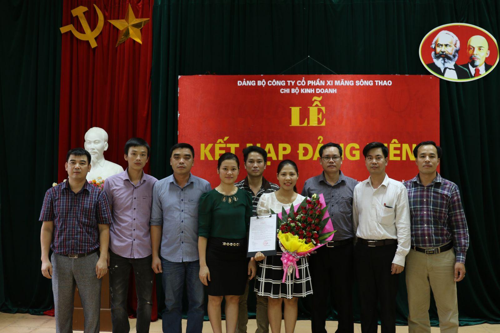 6 tháng đầu năm, Đảng bộ Công ty CP Xi mắng Sông Thao kết nạp mới 12 đảng viên